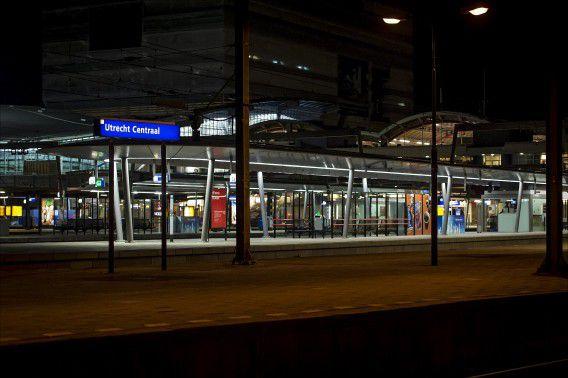 Partijen in de Utrechtse raad vrezen dat de beruchte junkentunnel op Utrecht Centraal terugkeert.